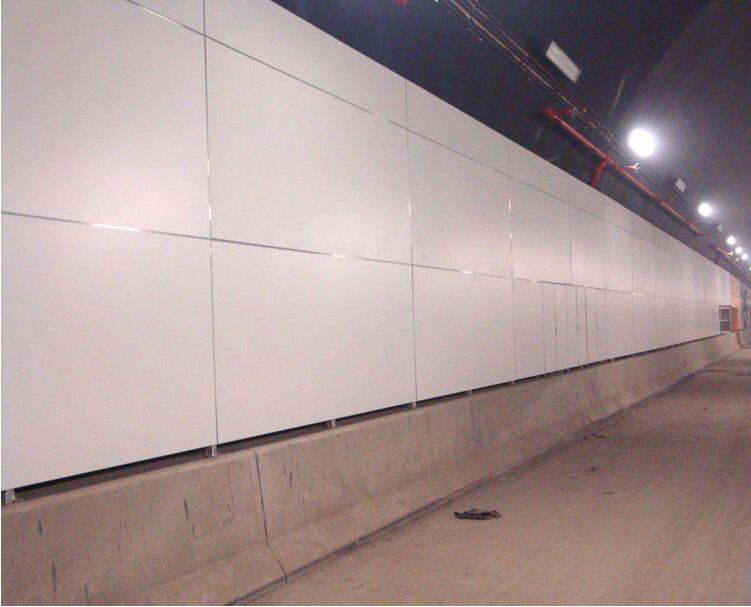 南京长江隧道.jpg